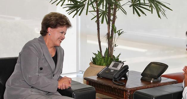 Prefeita participa de encontro com a Presidenta Dilma
