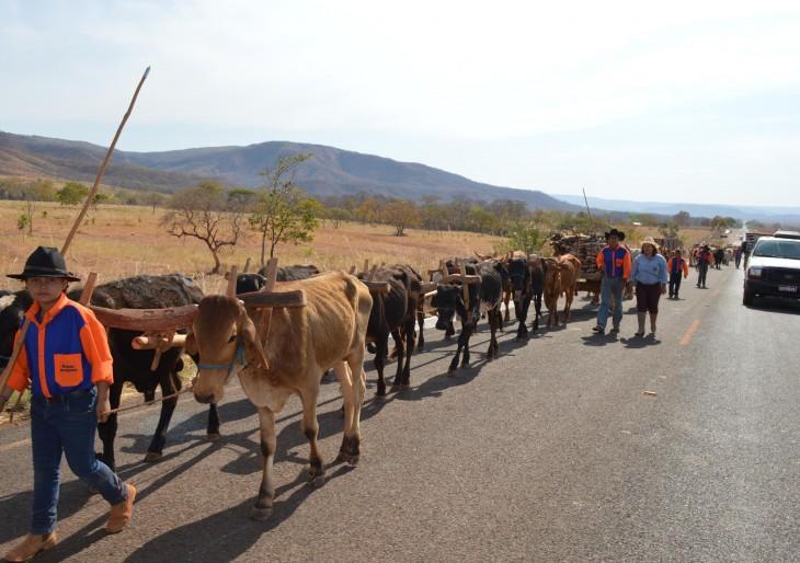 Carreiros desfila na tarde de sábado em Uruana-MG