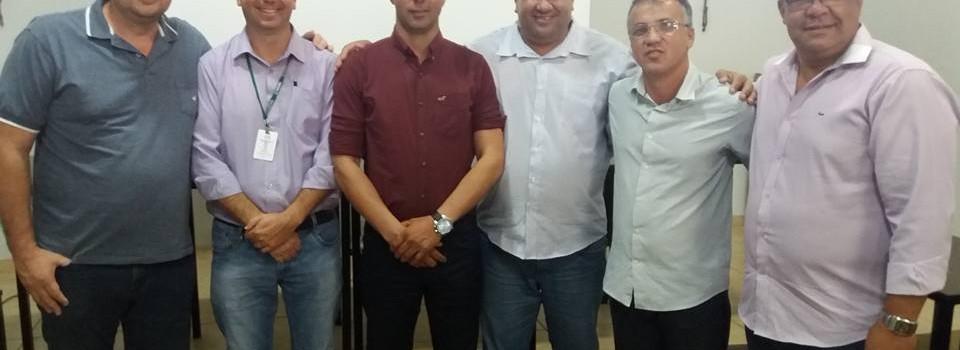Prefeito Ronaldo Verdadeiro e o Secretário de Saúde participa da Implantação do SAMU regional é tema do CISREUNO em Patos Minas.