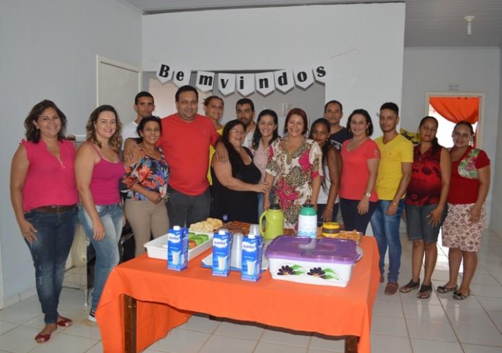 Secretária de Assitência Social apresenta a nova equipe do CRAS e da inicio as Ofinas.