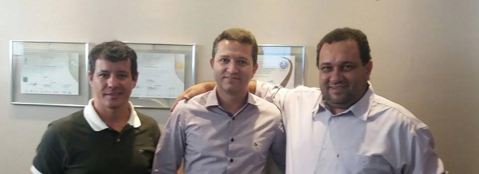 O Prefeito Municipal e o Vice Prefeito, visitaram o Hospital Santa Casa em Montes Claros.