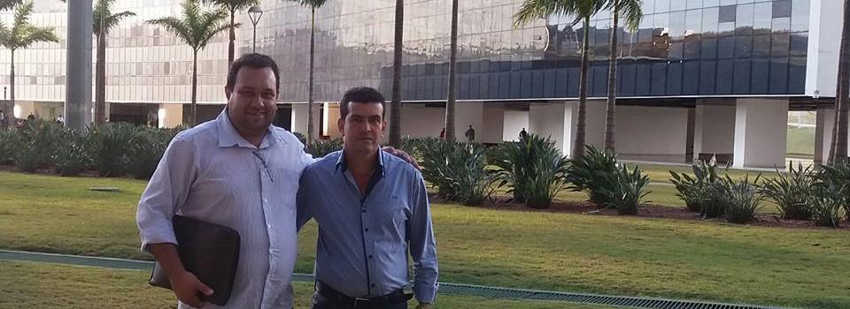Prefeito Municipal e Presidente do Poder Legislativo trabalhando juntos e unindo forças em prol da população uruanense.