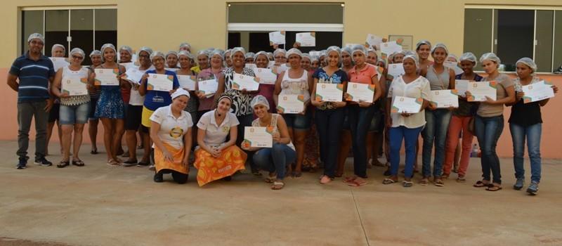 """O Município de Uruana de Minas foi contemplado com o Programa """"Cozinha Brasil"""" e foi um grande sucesso."""