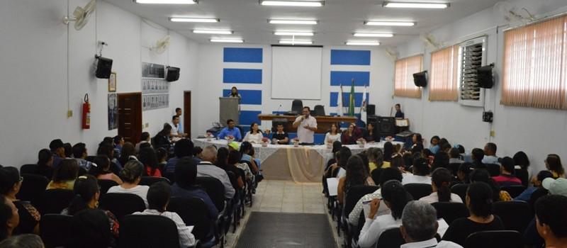 Secretaria de Educação realiza Conferência Municipal.