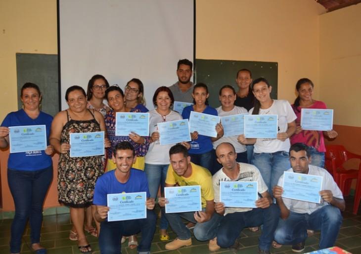 Secretaria de Assistência Social realiza capacitação sobre o Programa Bolsa Família.