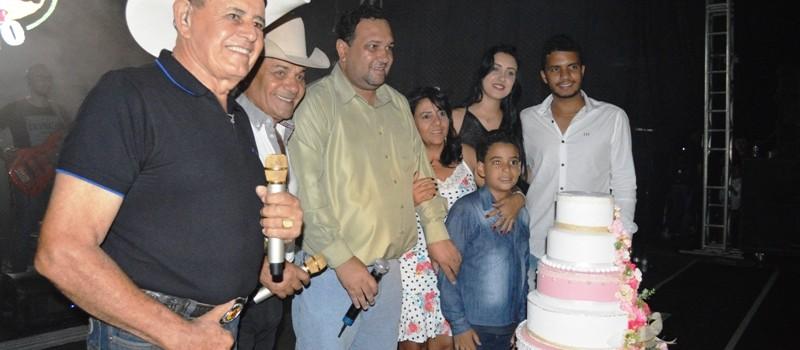 Uruana de Minas completa 21 anos de emancipação política e comemora com uma grandiosa festa.