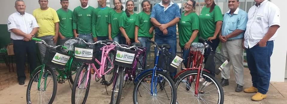 Governo Municipal, realiza a entrega de uniformes e bicicletas aos Agentes Comunitários de Saúde.