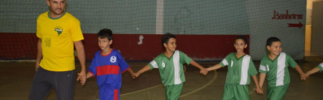 Secretaria de Esportes e lazer realizou a primeira Copinha da Escolinha Futebol Arte.